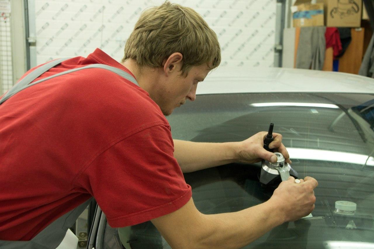 Ремонт лобового стекла своими руками - ремонтируем лобовое 11